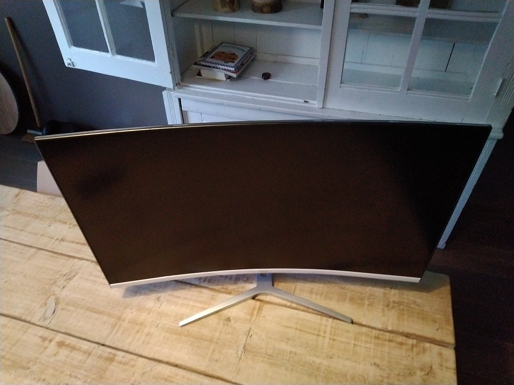 "TCL T32M6C 31.5"" Curved Monitor Beelscherm"